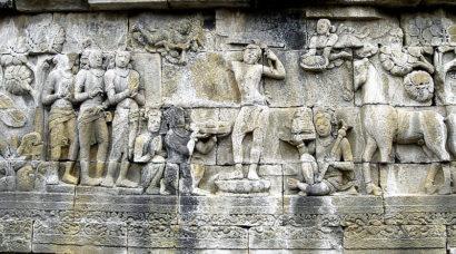 பூம்புகார் கடற்கோளில் அழிந்த வரலாற்றின் இலக்கியச் சான்று